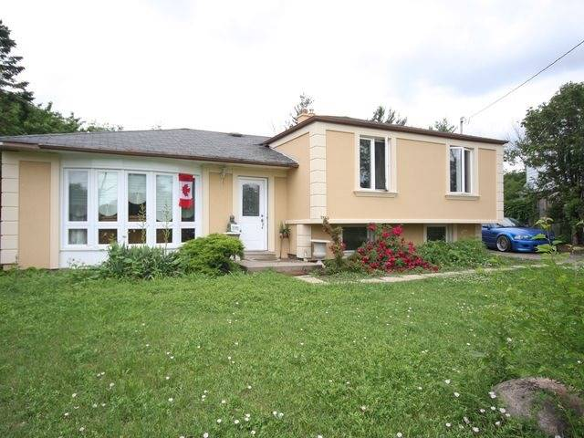 Detached at 570 Trafford Cres, Oakville, Ontario. Image 1