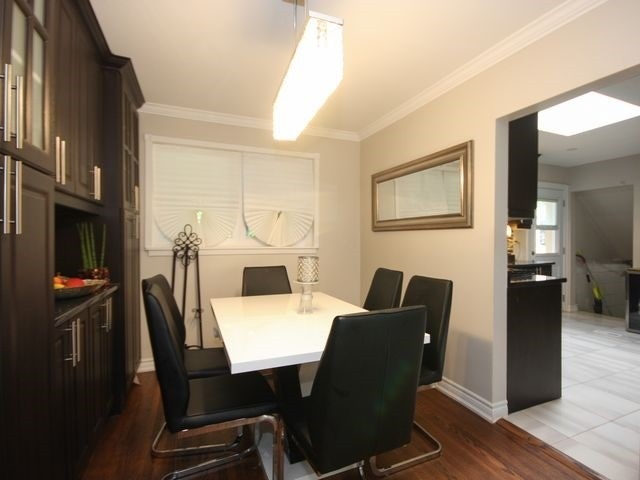 Detached at 570 Trafford Cres, Oakville, Ontario. Image 17