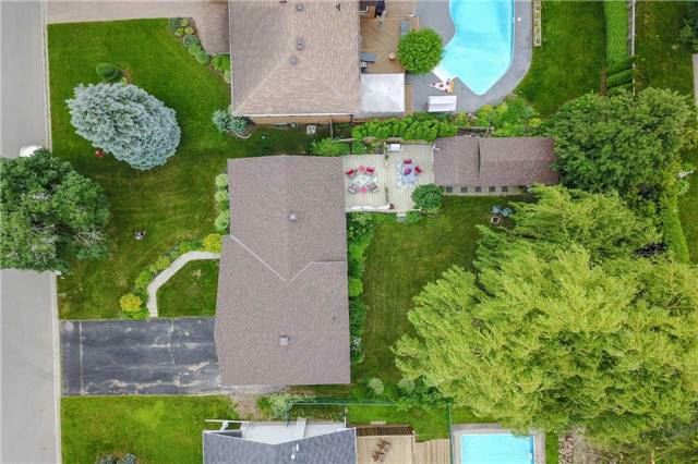 Detached at 18 Forest Park Rd, Orangeville, Ontario. Image 14