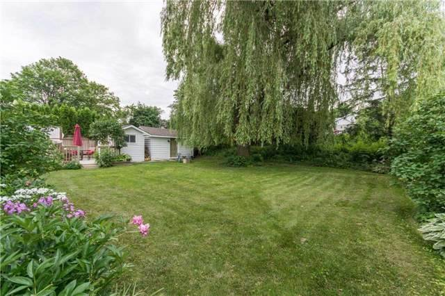 Detached at 18 Forest Park Rd, Orangeville, Ontario. Image 15