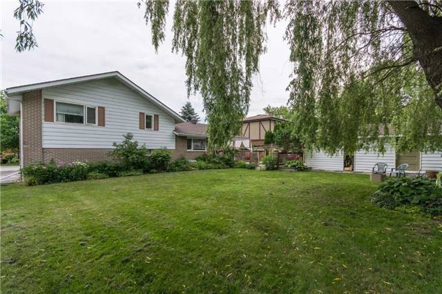 Detached at 18 Forest Park Rd, Orangeville, Ontario. Image 16