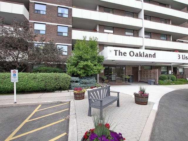 Condo Apartment at 3 Lisa St, Unit 302, Brampton, Ontario. Image 1