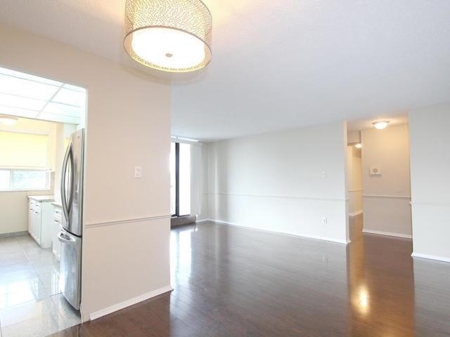 Condo Apartment at 3 Lisa St, Unit 302, Brampton, Ontario. Image 15