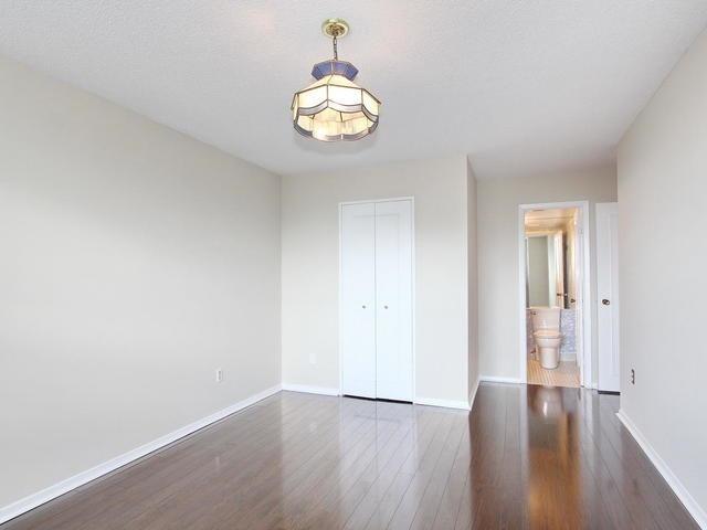 Condo Apartment at 3 Lisa St, Unit 302, Brampton, Ontario. Image 19