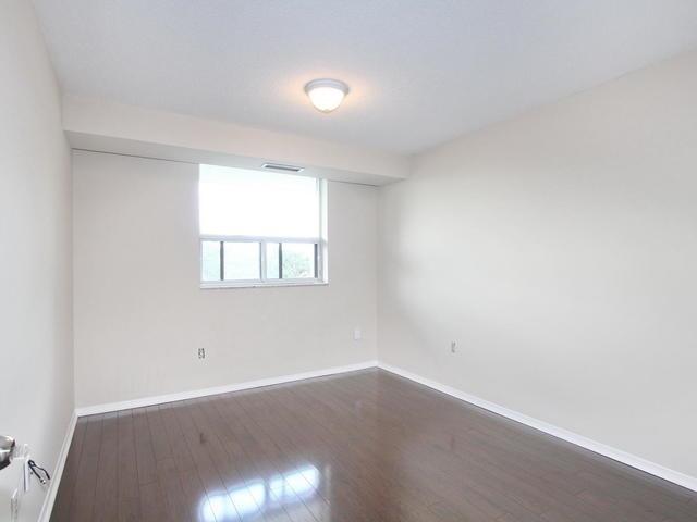 Condo Apartment at 3 Lisa St, Unit 302, Brampton, Ontario. Image 2