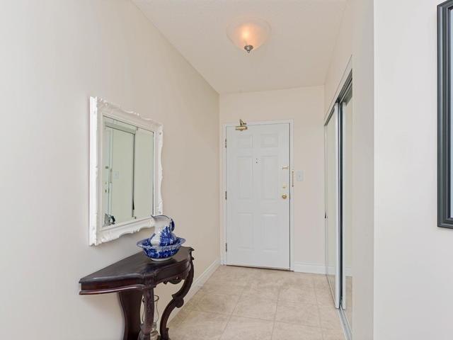 Condo Apartment at 20 Mcfarlane Dr, Unit 1706, Halton Hills, Ontario. Image 12