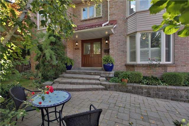 Detached at 6685 Tenth Line W, Mississauga, Ontario. Image 12