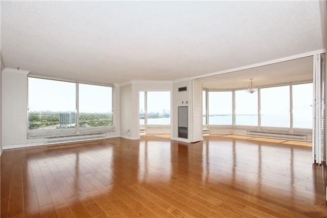Condo Apartment at 1 Palace Pier Crt, Unit 2101, Toronto, Ontario. Image 15