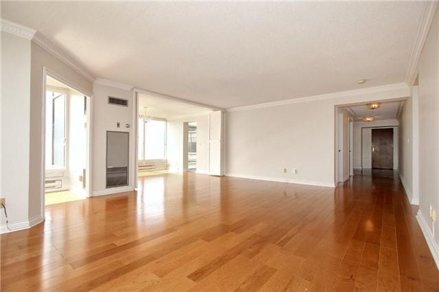 Condo Apartment at 1 Palace Pier Crt, Unit 2101, Toronto, Ontario. Image 17
