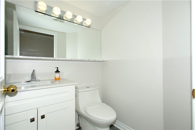 Condo Apartment at 1 Palace Pier Crt, Unit 2101, Toronto, Ontario. Image 5