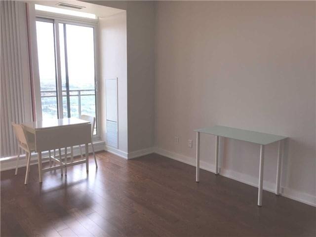 Condo Apartment at 4070 Confederation Pkwy, Unit 3005, Mississauga, Ontario. Image 17