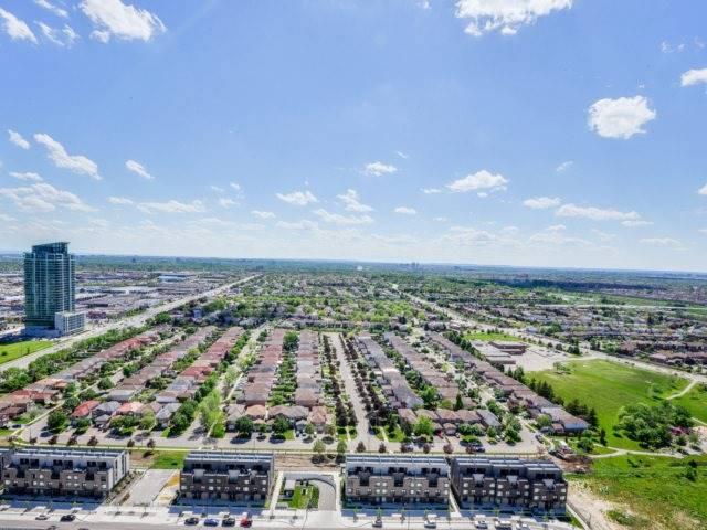 Condo Apartment at 4070 Confederation Pkwy, Unit 3005, Mississauga, Ontario. Image 13