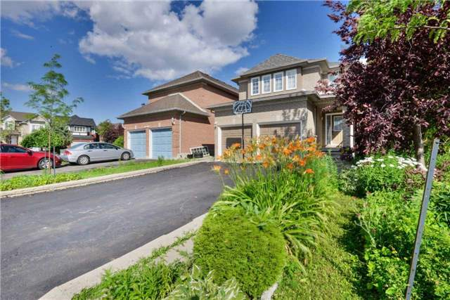 Detached at 25 Sahara Tr, Brampton, Ontario. Image 12