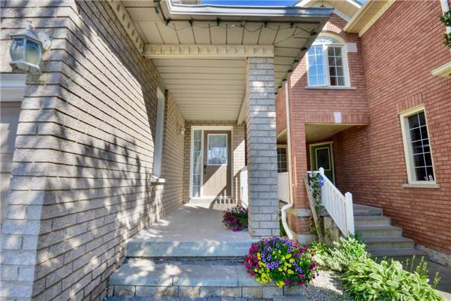Detached at 25 Sahara Tr, Brampton, Ontario. Image 14