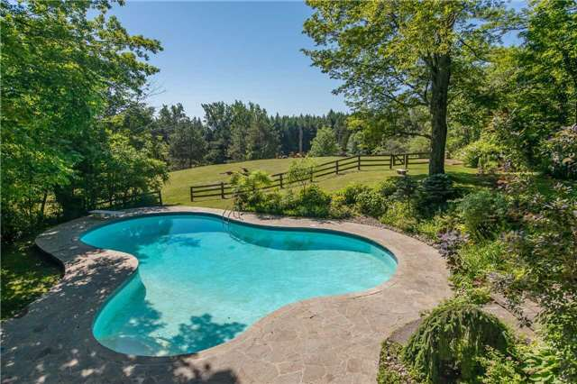 Detached at 18949 Centreville Creek Rd, Caledon, Ontario. Image 14