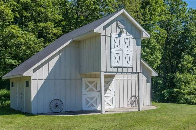 Detached at 18949 Centreville Creek Rd, Caledon, Ontario. Image 17