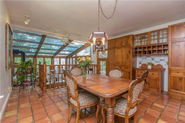 Detached at 18949 Centreville Creek Rd, Caledon, Ontario. Image 5