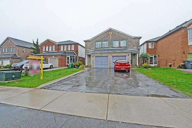 Semi-detached at 64 Feathertop Lane, Brampton, Ontario. Image 1