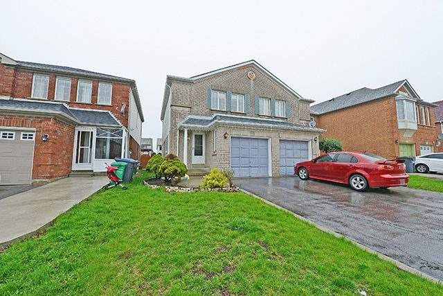 Semi-detached at 64 Feathertop Lane, Brampton, Ontario. Image 12
