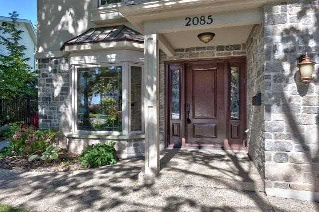 Detached at 2085 Water's Edge Dr, Oakville, Ontario. Image 11