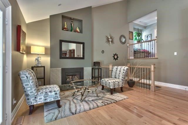 Detached at 2085 Water's Edge Dr, Oakville, Ontario. Image 13