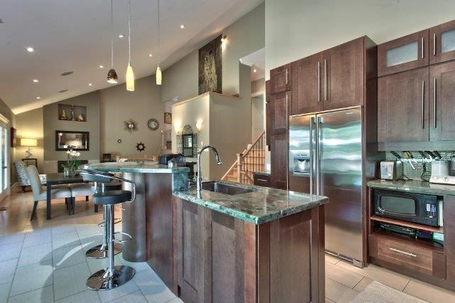 Detached at 2085 Water's Edge Dr, Oakville, Ontario. Image 15