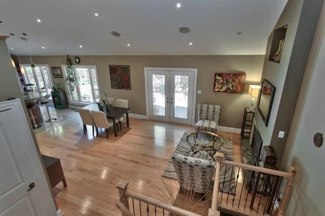Detached at 2085 Water's Edge Dr, Oakville, Ontario. Image 5