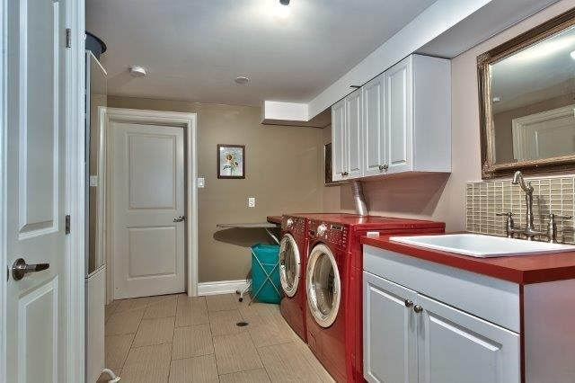 Detached at 2085 Water's Edge Dr, Oakville, Ontario. Image 7