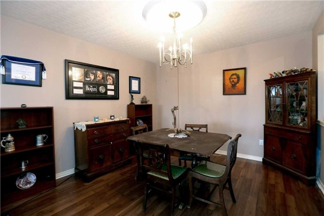 Condo Apartment at 3050 Pinemeadow Dr, Unit 61, Burlington, Ontario. Image 13