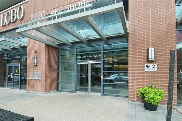 Condo Apartment at 2220 Lake Shore Blvd W, Unit Ph04, Toronto, Ontario. Image 12