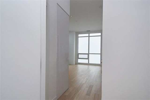 Condo Apartment at 2220 Lake Shore Blvd W, Unit Ph04, Toronto, Ontario. Image 15