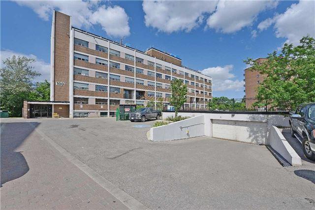 Condo Apartment at 188 Mill St S, Unit 406, Brampton, Ontario. Image 1
