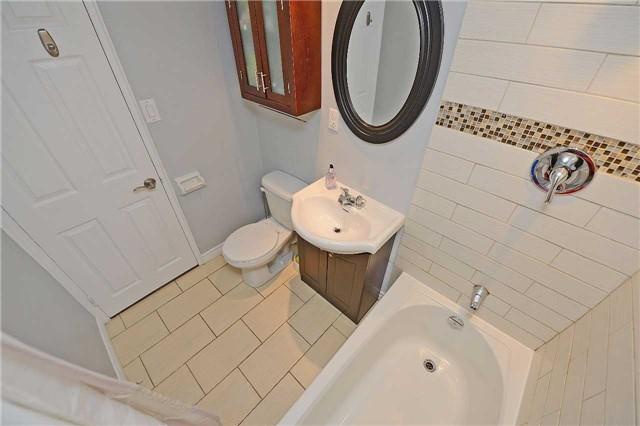 Condo Apartment at 188 Mill St S, Unit 406, Brampton, Ontario. Image 9