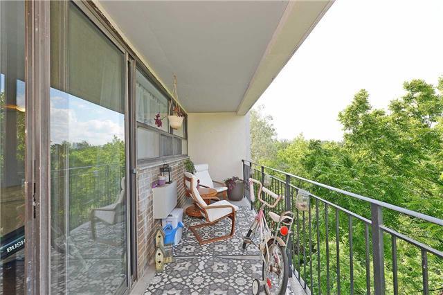Condo Apartment at 188 Mill St S, Unit 406, Brampton, Ontario. Image 11