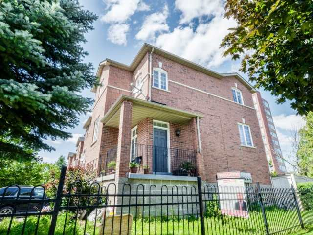 Townhouse at 120 Railroad St, Unit 1, Brampton, Ontario. Image 14