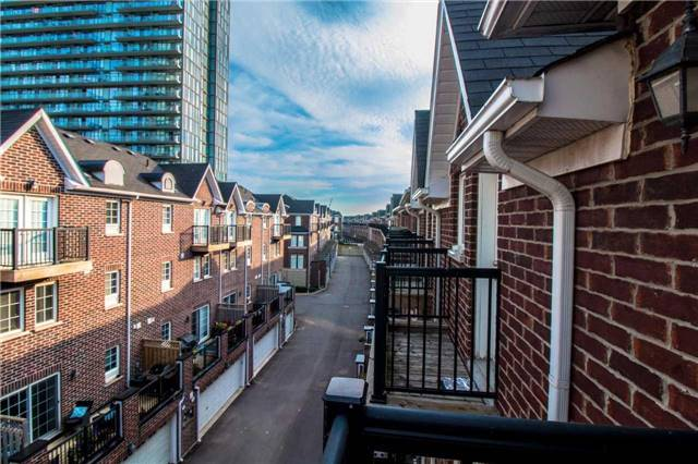 Condo Townhouse at 111 The Queensway Ave, Unit Th50, Toronto, Ontario. Image 10