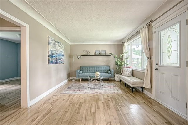 Detached at 1273 Oxford Ave, Oakville, Ontario. Image 14