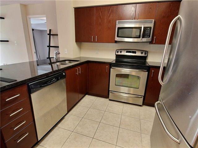 Condo Apartment at 335 Rathburn Rd W, Unit 607, Mississauga, Ontario. Image 8