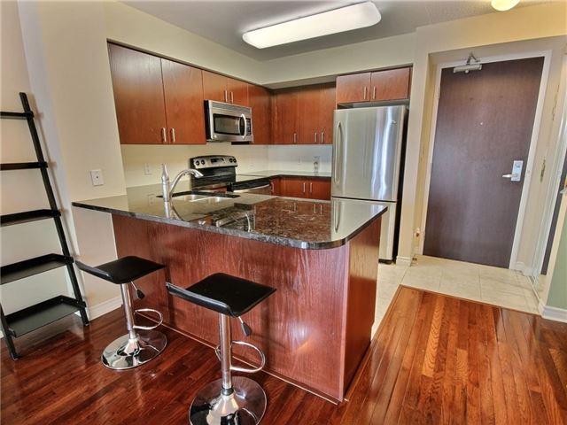 Condo Apartment at 335 Rathburn Rd W, Unit 607, Mississauga, Ontario. Image 9