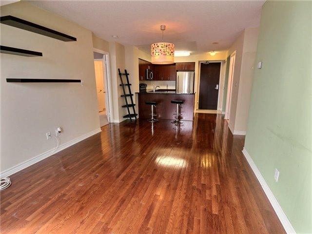 Condo Apartment at 335 Rathburn Rd W, Unit 607, Mississauga, Ontario. Image 11