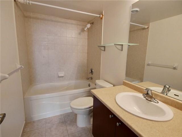 Condo Apartment at 335 Rathburn Rd W, Unit 607, Mississauga, Ontario. Image 15
