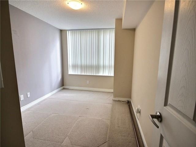 Condo Apartment at 335 Rathburn Rd W, Unit 607, Mississauga, Ontario. Image 2