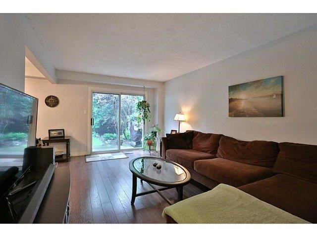 Condo Townhouse at 453 Woodview Rd, Unit 6, Burlington, Ontario. Image 19