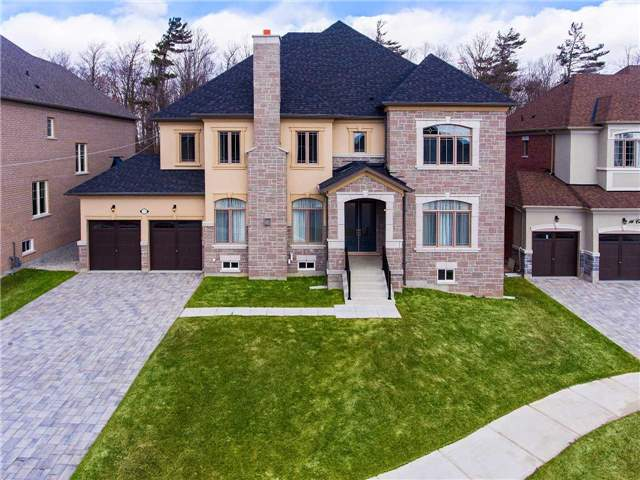 Detached at 14 Crown Forest Crt, Brampton, Ontario. Image 1