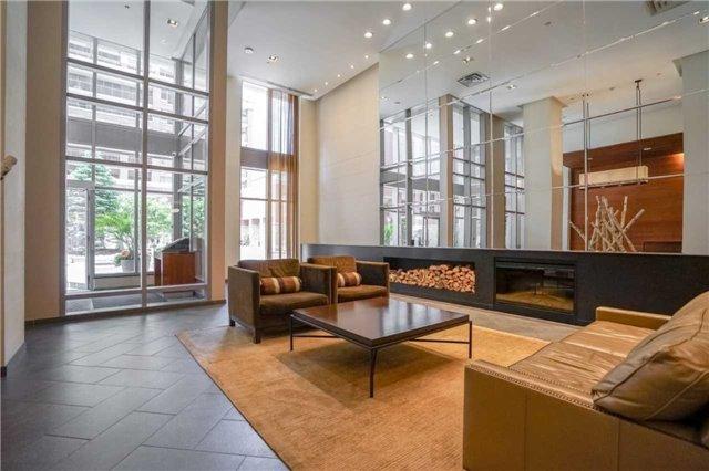 Condo Apartment at 4080 Living Arts Dr, Unit 1805, Mississauga, Ontario. Image 12