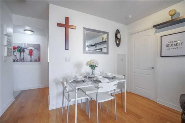 Condo Apartment at 4080 Living Arts Dr, Unit 1805, Mississauga, Ontario. Image 18