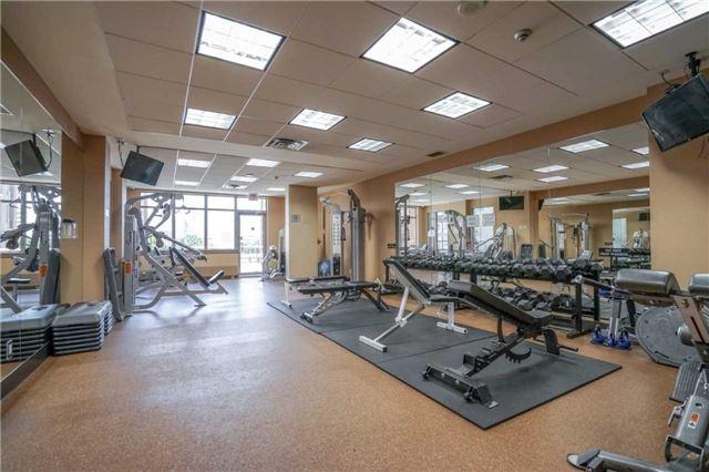 Condo Apartment at 4080 Living Arts Dr, Unit 1805, Mississauga, Ontario. Image 9