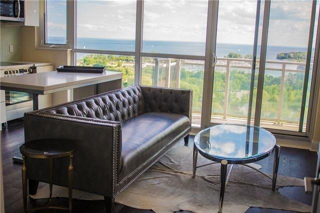 Condo Apartment at 2175 Lake Shore Blvd W, Unit 1711, Toronto, Ontario. Image 1