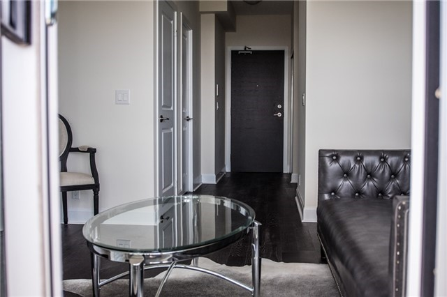 Condo Apartment at 2175 Lake Shore Blvd W, Unit 1711, Toronto, Ontario. Image 12