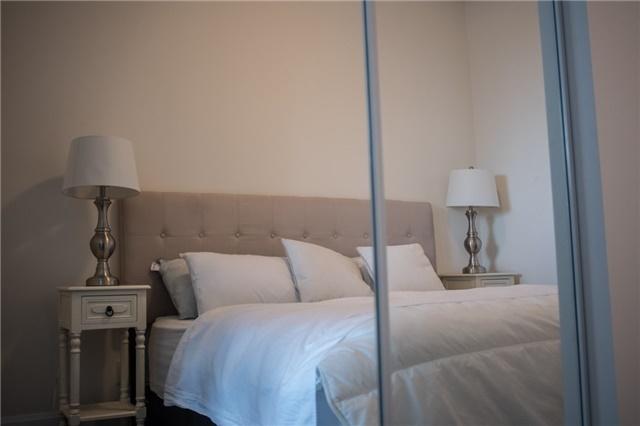 Condo Apartment at 2175 Lake Shore Blvd W, Unit 1711, Toronto, Ontario. Image 4